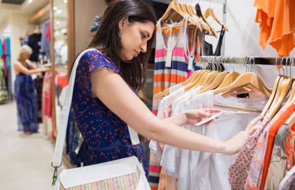 femeie haine magazin